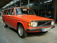Volvo 145 (1973)