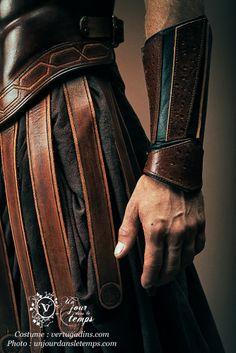 costume grec et armure anatomique créations originales by Les vertugadins