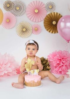 Pink and Gold Birthday Party Ideas | Photo 10 of 59 | Catch My Party