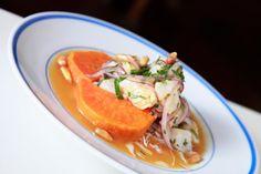 En medio de la calle Loíza, en Santurce, reclama su lugar unos de los nuevos restaurantes peruanos que están marcando el paso. ¡Entérate cuál es aquí!: http://www.sal.pr/restaurantes/delperualaloiza.html