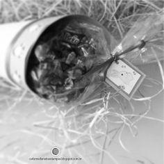 cone! Contato: carlamedianeira@gmail.com Carla Medianeira Silva Nogueira Artes, ilustrações, papelaria personalizada