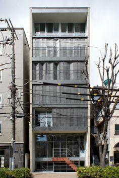 japan-architects.com: 浅利幸男による店舗兼集合住宅「楼庵」