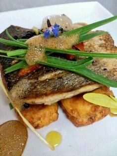@thehartinn - Pan-fried wild seabass on orange spiced polenta, green beans, sea buckshorn and soy foam #FeedYourEyes July/Aug
