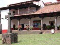 Uruapan y su famosa Huatapera que data de mediados del siglo XVI, ¿ya la conoces? Visítanos, nos invita el Hotel Plaza Uruapan. #elRumboesMichoacán http://www.hotelplazauruapan.com.mx/