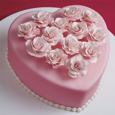 For Valentine's Day, wedding day or any day special, this rose-topped heart cake says it all. It's the ideal clutter-free design to show off your skills at making gum paste roses, picked up in your Gum Paste and Fondant Course.