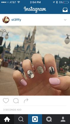 Disney nails! Glitter and bows shellac manicure