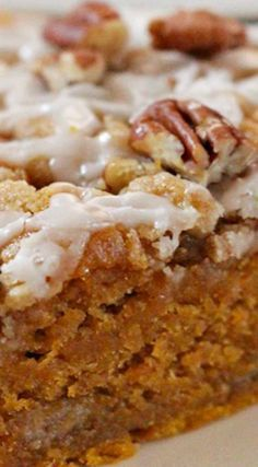 Moist Cinnamon Streusel Pumpkin Coffee Cake Moist and so flavorful, this Pumpkin Coffee Cake can be enjoyed year round and is particularly good with a cup of coffee. A light glaze decorates th… Fall Desserts, Just Desserts, Delicious Desserts, Dessert Recipes, Healthy Pumpkin Desserts, Pumpkin Deserts, Food Cakes, Cupcake Cakes, Cupcakes