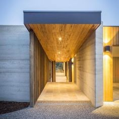 Modern style Entry Builder: S Smith Builders Sorrento, Mornington Peninsula, Victoria, Australia. Architecture Restaurant, Modern Architecture House, Beautiful Architecture, Architecture Design, Design Café, Beton Design, House Design, Interior Design, Rammed Earth Homes