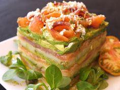 Cocinando con Lola García: Milhojas de salmón, aguacate y patata