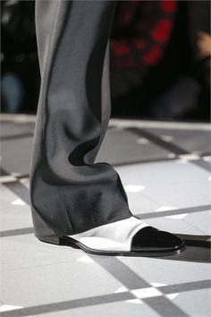 Zapato de gala bicolor, de Dsquared2