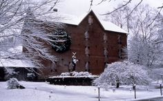 Plan a winter trip to the Brandywine River Museum. The museum is known best for its collection of works by three generations of the Wyeth family. #PASnowDays