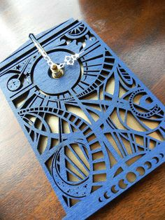 Doctor Who thing of the day: gorgeous Time Lord clock
