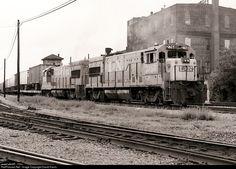 RailPictures.Net Photo: L&N 2768 Louisville & Nashville GE U23B at Nashville, Tennessee by David Harris