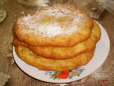 Kőttes palacsinta Waffles, Pancakes, Tortilla Chips, Panna Cotta, French Toast, Breakfast, Food, Morning Coffee, Dulce De Leche