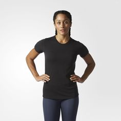 This women's training t-shirt lets you focus on maximizing your workout with moisture-wicking fabric that moves sweat away from your skin. The lightweight tee has a soft, cotton-like feel for long-lasting comfort.