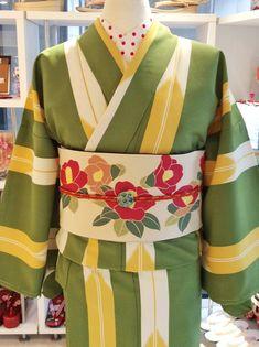 """tanuki-kimono:  """"Lovely yabane kimono paried with retro looking tsubaki (camellia) obi, seen on  """""""
