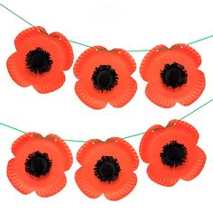 Simple Tips And Advice To Get Started In Arts And Crafts. Remembrance Day Activities, Remembrance Day Poppy, Crafts For Seniors, Crafts For Girls, Arts And Crafts, Paper Plate Poppy Craft, Paper Plate Crafts, Wreath Crafts, Flower Crafts