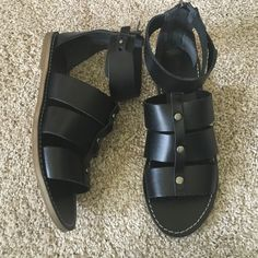 Madewell gladiator sandal Like new condition, firm on price unless bundled :)!! No trades Madewell Shoes Sandals