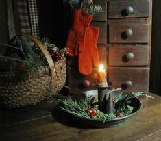 1416 best Primitive/Colonial Christmas♥ images on . Primitive Christmas Decorating, Prim Christmas, Antique Christmas, Little Christmas, Country Christmas, Winter Christmas, All Things Christmas, Christmas Decorations, Christmas Images