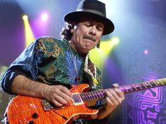 """Carlos Santana: """"[...] io non ascolto la radio, ascolto gente che dialoga con Dio."""""""