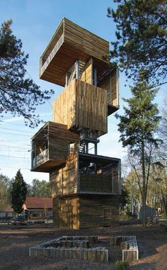 Observation Tower Built with Logs Opens in Reusel, Netherlands / Ateliereen Architecten - eVolo Architecture Design, Gothic Architecture, Landscape Architecture, Classical Architecture, Deconstructivism, Casas Containers, Tower Design, Tower House, Netherlands