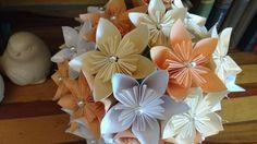 """♥♥♥  BUQUÊ DE ORIGAMI    Elo7 leva produtos autorais e muita criatividade para a Expo Noivas & Festas """"Criatividade e autenticidade são dois itens essenciais para torn... http://www.casareumbarato.com.br/o-casamento-pensado-e-feito-por-voce-elo7-na-expo-noivas-festas/"""