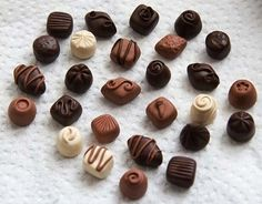 how to: poly clay chocolates.