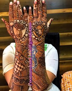 FOR CLASSES AND BRIDAL ORDER BOOKINGS, CONTACT ON +919930042760. #mehendi #henna #bridal #design #mumbai #mulund #art #india#hennatattoo#weddings#heenaart#floral#intricatedesigns#bollywood#shaadi#bigfatindianwedding#weddingbells#floralartisty#indianweddingblog #instalike#manishmalhotra#srk#weddingsutra #wedmegood #weddinginspiration #weddingbells #bridalMehendi #figures #creativityfound #artist #bridaldesign