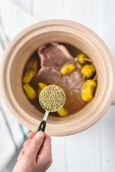 Pioneer Woman's Italian Drip Beef - A delicious Italian Drip Beef made in the crock pot. Put the ingredients in your crock pot and reap the reward of having an incredible dinner! Crockpot Meat, Healthy Crockpot Recipes, Cooking Recipes, Drip Beef Recipe, Beef Dishes, Food Dishes, Main Dishes, Italian Beef Recipes