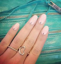 Rounded nails inspiration.