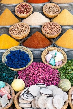 Fresh And Colorful Spices Sold In An Open Air Market While Sightseeing In Tel Aviv, Israel. Clever Kitchen Storage, Moroccan Spices, Branding Your Business, Marrakech, Design Elements, Travel Inspiration, Herbalism, The Unit, Marketing