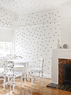 Polka dot dining room!