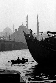 "Karaköy, 1959  ::  Ara Güler (born August 16, 1928 in Beyoğlu, Istanbul, Turkey) is a Turkish photojournalist of Armenian descent, nicknamed ""the Eye of Istanbul"" or ""the Photographer of Istanbul""."