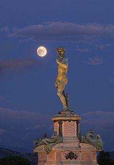 Florence: David and Moon