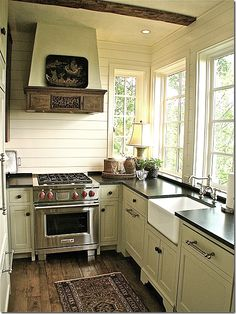 Small cottage kitchen in North Carolina via COTE DE TEXAS