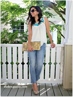 Elif from The Box Queen is absolutely rocking this casual but stylish look from Stitch Fix, as per usual.