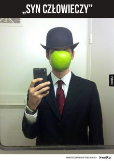 Cosplay The-Son of Man by Rene Magritte costume Halloween costume Most Creative Halloween Costumes, Halloween Costumes You Can Make, Homemade Halloween Costumes, Pop Culture Halloween Costume, Cool Costumes, Costume Ideas, Unique Costumes, Rene Magritte, Last Minute Halloween Costumes