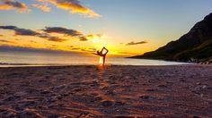Dzień polarny i czar północnego słońca! To właśnie dzisiaj czyli 8. lipca jest ta magiczna data, kiedy słońce otatni raz w tym roku nie zajdzie za horyzont. Ten wspaniały widok dnia polarnego w towarzystwie północnego słońca w Bodø możesz doświadczyć tylko w terminie od 4 czerwca do 8 lipca. W ostatnią niedzielę oglądając