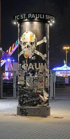 The logo of Hamburgs football club - Hamburg ist braun-weiss . - The logo of Hamburgs football club – Hamburg ist braun-weiss … The logo of Hamburgs football club – Hamburg ist braun-weiss … The Good Son, Son Love, Girls In Love, Hamburg Poster, Fc St Pauli, Try Your Best, Murals Street Art, Hamburg Germany, Love At First Sight