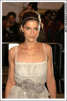 Details:  Hair Style: This look is so romantic and sexy as Amanda Peet has her long hair styled up into this classy and chic updo style.