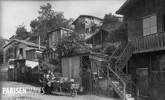 Paris Montmartre (XVIIIème arr.). Vue dans le Maquis, vers 1900.