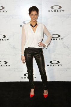 GOSSIP OVER THE WORLD: Look like a Great Celebrity fashion .... A La .......