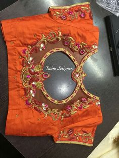 Kerala Saree Blouse Designs, Cutwork Blouse Designs, Kids Blouse Designs, Saree Blouse Neck Designs, Bridal Blouse Designs, Maggam Work Designs, Stylish Blouse Design, Designer Blouse Patterns, Sarees