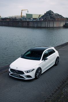 Classe A Amg, Mercedes Benz, Merc Benz, Car Goals, Car Engine, Cars And Motorcycles, Luxury Cars, Showroom, Dream Cars