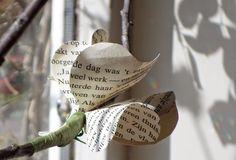 Lentebloesem van oude boeken: een werkblad van Boekselen. Loes Vork, Workshops voor Creativiteit & Ontmoeting