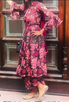 MDB 12075 ( Palazzo Trouser And Top Styles ) is part of Palazzo pants outfit - plazosuit Patiala Suit Designs, Kurta Designs Women, Kurti Designs Party Wear, Salwar Designs, Punjabi Salwar Suits, Salwar Kameez, Simple Pakistani Dresses, Pakistani Dress Design, Dress Indian Style
