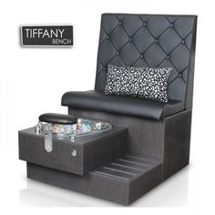The Tiffany Bench is the latest in fashionable pedicure stations. The Tiffany includes adjustable footrest and pipefree whirlpool for a luxurious pedicure spa . Home Nail Salon, Nail Salon Design, Nail Salon Decor, Beauty Salon Decor, Salon Interior Design, Home Beauty Salon, Privates Nagelstudio, Nail Salon Furniture, Pedicure Station