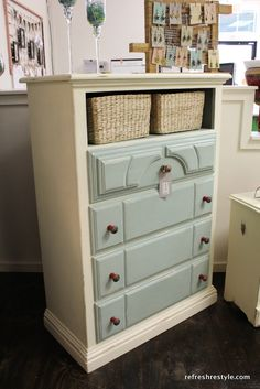 How to Add Interest to A Painted Piece - Welcome to reFresh reStyle!