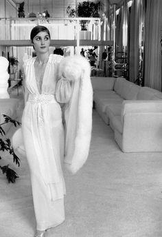 Norman Parkinson Archive, The Fashion Present: Thea Porter's chiffon and shells, British Vogue, December 1973