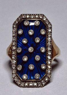 ~Marie Antoinette's ring.